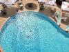 Открытый бассейн для взрослых